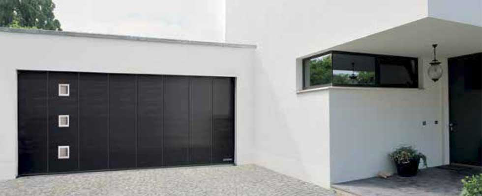 Side sliding garage door